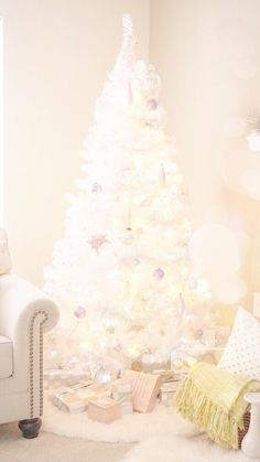 White Christmas tree iPhone wallpaper