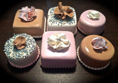 Sweety Cakes - Mini cakes!  www.sweetycakes.ca