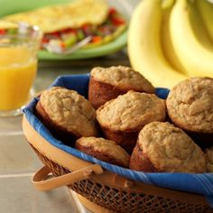 This perfectly lovely muffin recipe is from the side panel of the Kroger Bran Flakes box. Who woulda thought that they'd be so yummy? Ww Recipes, Muffin Recipes, Soup Recipes, Protein Recipes, Skinny Recipes, Bread Recipes, Banana Bran Muffins, Banana Protein Muffins, Banana And Egg