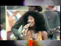 ▶ Chaka Khan and Rufus - Tell me something Good (RE-MASTERED) Official Video HD - YouTube