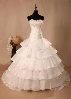 Sweep Train Strapless Flouncingn Wedding Dress