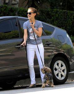 Natalie Portman has a four-door Toyota Prius.