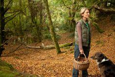 Fat Hen's Caroline Davey foraging in the woods. www.fathen.org