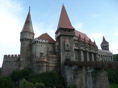 Corvine Castle - old, medieval, arhitecture, castle