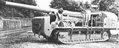 Schneider self-propelled 220mm gun Unlike the Saint-Chamond design, this chassis moved without the help of a secondary ammo-bearer vehicle. The gun is also produced by Schneider.