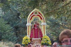 Procesión de la Virgen María.(Cieza, Murcia, España) // Procession of the Virgin Mary.(Cieza, Murcia, Spain)
