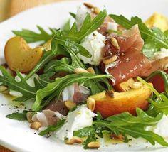 Recept Rucola met mozzarella, munt, perzik en prosciutto – Salades & zo