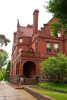 Dutch Romanesque brick house in Buffalo, N.Y. There's such a thing as Dutch Romanesque? Anyways, it's a cool house