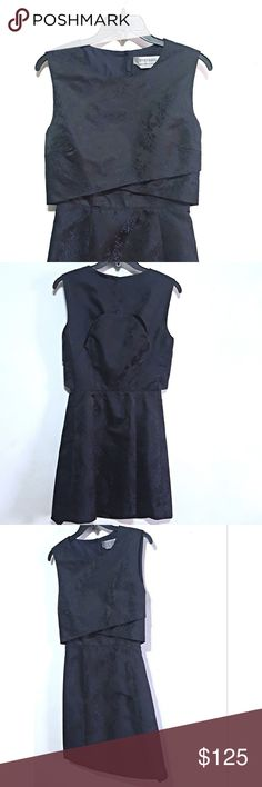 Sportsmax Navy Jacquard Cocktail Dress Exquisite layerd silk jaquard dress, with peek a boo back in excellent like new condition, with the exception of the hem is loose in some spots.   Made in Italy   Size S  Retail $895 Sportmax Dresses