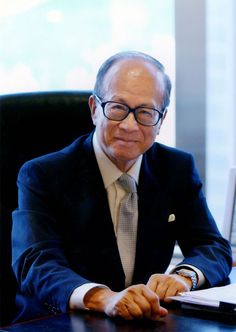 Li Ka-Shing, the richest man in Hong Kong shares some of his business wisdom and philosophy, on how you can turn start a billion dollar business.