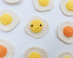 Crochet Cowl Free Pattern, Fingerless Gloves Crochet Pattern, Bag Pattern Free, Crochet Mittens, Crochet Gifts, Cute Crochet, Crochet For Kids, Crochet Yarn, Crochet Food