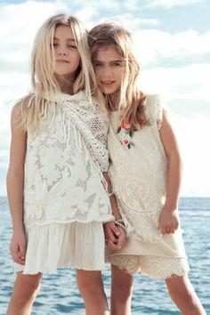 Twin-set girl amazing beige selection for summer 2014 - Fannice Kids Fashion Little Kid Fashion, Cute Kids Fashion, Tween Fashion, Girl Fashion, Twin Models, Romantic Outfit, Stylish Kids, Kids Wear, Kids Outfits