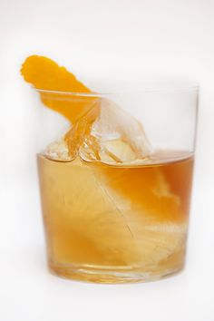 Make a classic Old-Fashioned cocktail