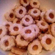 Egy finom Linzerkarika egyszerűen ebédre vagy vacsorára? Linzerkarika egyszerűen Receptek a Mindmegette.hu Recept gyűjteményében!