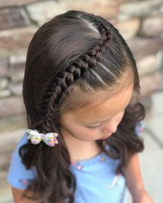 Today is picture day for Cadence so we chose to do this front lace braid which was inspired by 🎀🌸💜 The adorable floral bow… Easy Toddler Hairstyles, Cute Little Girl Hairstyles, Cute Girls Hairstyles, Braided Hairstyles, Picture Day Hairstyles, Updo Hairstyle, Braided Updo, Wedding Hairstyles, Girl Hair Dos