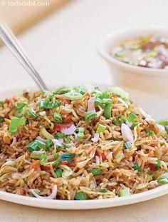 Veg Fried Rice ( Mumbai Roadside Recipes ) recipe | Vegetable Fried Rice Recipes | by Tarla Dalal | Tarladalal.com | #33434