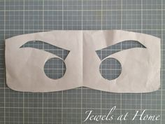 Stencil for Ninjago eyes to use on T-shirts or other projects. {Jewels at Home}