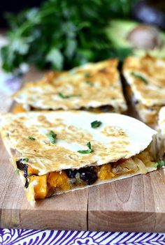 Black Bean & Butternut Squash Quesadillas with Lazy Girl's Guacamole are full of good for you ingredients! | http://iowagirleats.com