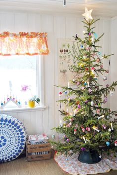 Coloutful christmast tree