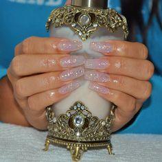 .@nailsbyeffi | #naglar #nails #nailswag #nagelkonst #nagelteknolog #nailwow #gelnails #gelen... | Webstagram