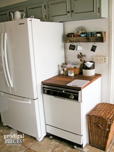 A mobile dishwasher could preserve custom-made cabinets, add counter area and aid you avoid expensiv Dishwasher Cabinet, Small Dishwasher, Portable Dishwasher, Old Kitchen, Kitchen On A Budget, Kitchen Dining, Kitchen Decor, Kitchen Ideas, Dining Room
