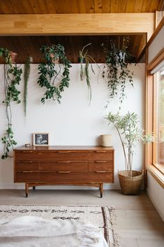 Ideas Plants Indoor Boho Interiors For 2019 Living Room Modern, Home And Living, Living Spaces, Living Rooms, Slow Living, Kitchen Living, My New Room, Cheap Home Decor, Home Decor Inspiration