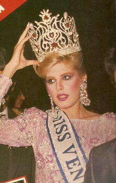 Miss Venezuela 1987 , la 34 ª Miss Venezuela certamen , se celebró en Caracas , el 6 de febrero de 1987, después de semanas de eventos. El ganador del concurso fue Inés María Calero , señorita Nueva Esparta .