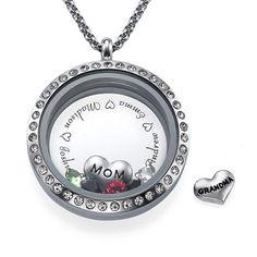Médaillon pendentif gravé Maman ou Grand-mère | Moncollierprenom