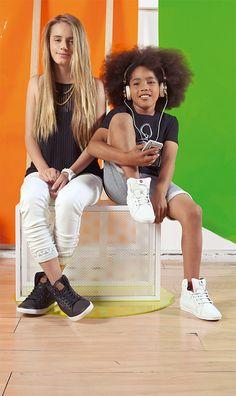 Escucha nuestra playlist de tiendas en Spotify, buscanos como etafashion_ec. #ETAFASHION #styleguidemagazine2015 #nuevacoleccion #newcollection #kids #calzado #woman #taxi #top #pantalon #colllar #reloj #camiseta #bermuda #audifonos #carcasa #playlist #etafashionplaylist