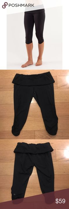 """Lululemon 'Nothing to Hide' Crop Lululemon 'Nothing to Hide' Crop -Size 6 -Adjustable roll down waistband -Inseam 16"""" -Great condition, Lululemon logo is slightly faded, some of the seams are fuzzy ( see pictures)   NO Trades. Please make all offers through offer button. lululemon athletica Pants"""
