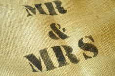 How to stencil on burlap