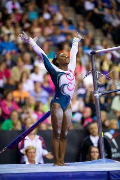 Love this one of Simone Biles :) Gymnastics Costumes, Gymnastics Girls, Women's Gymnastics, Olympic Sports, Sports Basketball, Bae, Simone Biles, Female Gymnast, Sporty Girls