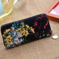 Pretty Zip and Floral Print Design Women's Clutch Wallet #men, #hats, #watches, #belts, #fashion, #style