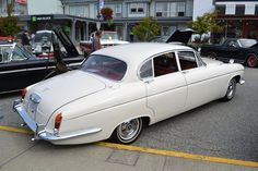 nigels1 uploaded this image to 'Jaguar 420G/Sechelt Show and Shine August 2016'. See the album on Photobucket.