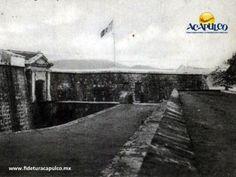 #acapulcoeneltiempo El nombre original del Fuerte de San Diego en Acapulco. ACAPULCO EN EL TIEMPO. Uno de los edificios más antiguos y emblemáticos del puerto de Acapulco, sin duda es el Fuerte de San Diego, el cual fue renombrado a Fuerte de San Carlos, en honor al entonces rey de España Carlos III, después de su reconstrucción en 1786. Te invitamos a visitar la página oficial de Fidetur Acapulco, para obtener más información.