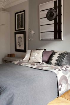 Bed covered with Vintage Etain & Sofia Sépia, Cushions Colette taupe, Frida taupe et noir, Velours de Fiacre souris... www.antoinedalbiousse.fr