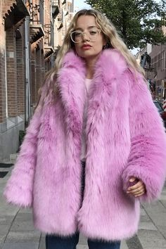 Pink Faux Fur Coat, Jackets Uk, Pink Candy, Ariana Grande, Fashion Outfits, Fur Coats, Cuddles, Clothes For Women, Furs