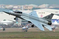 Myanmar first country to purchase JF-17 Thunder from Pakistan | Pakistan | Dunya News