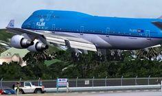 Dangerous Airports (St. Maarten & Kai Tak)