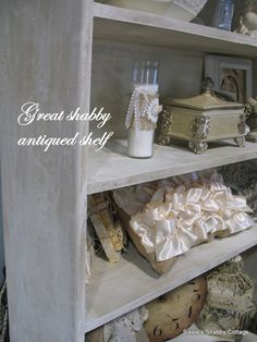 Sissie's Shabby Cottage: Vintage Inspired Booth