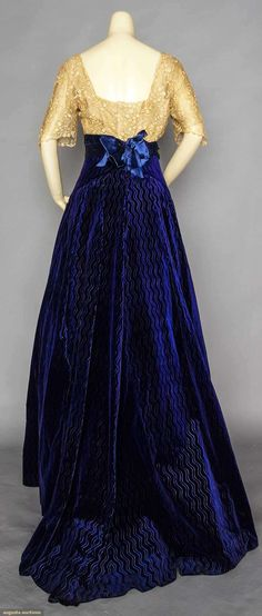 Evening Gown (image 3) | 1910-1912 | velvet, satin, lace | Augusta Auctions | November 11, 2015/Lot 29