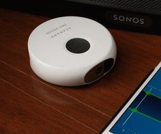 A scanner packed with sensors that enables anyone to capture important physiological data in a snap.
