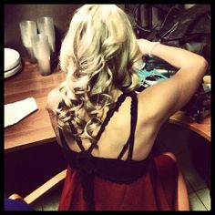 Rydel getting ready for their Poland show!! Her hair looks so good curly.