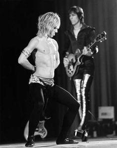 Iggy Pop en un show de los Stooges