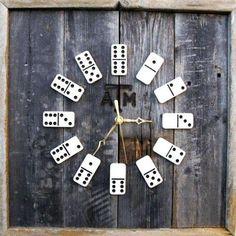 DIY Domino Clock - Very creative clock :)