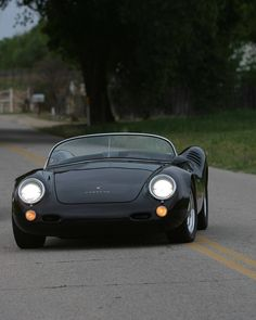 Porsche 550 Spyder - Perfection! #Speed #Power #Performance #Car #CarShowSafari