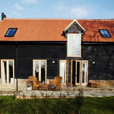"""Sophisticated modern barn conversion """"House to Home"""" Country Barns, Old Barns, Old Farm Houses, Barn Houses, Best Barns, Modern Barn, Rustic Cottage, Exterior Doors, House Front"""
