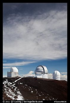 Summit observatories. Mauna Kea, Big Island, Hawaii, USA (color).. yes, that's SNOW. Freezing cold there!