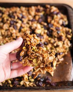 Homemade Gift Recipe: Cherry Pistachio Granola Clusters — Recipes from The Kitchn homemadegifts Chunky Granola Recipe, Granola Clusters, Granola Bars, Granola Cereal, Dried Cherries, Tart Cherries, Healthy Treats, Healthy Carbs, Healthy Dishes