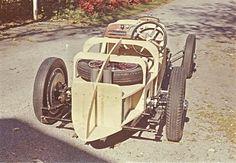 Aston-Body-rebuild1.jpg (2000×1387)